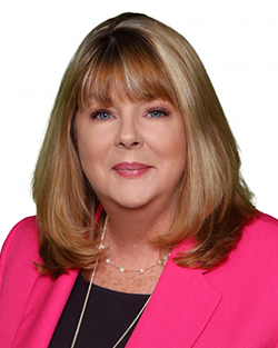 Julie-Knowles-Real-Estate-Buyers-Agent-Profile-Image-250x313px
