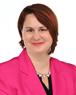 Shawna-Hobbs-Real-Estate-Transaction-Manager-Profile-Image-250x313px