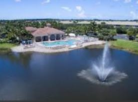 Laguna Lakes Fountains
