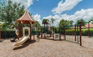 Botanica Lakes amenities