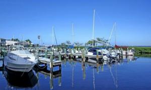Caloosa yacht racquet club