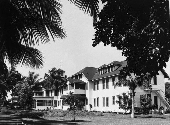 The Naples Hotel following its renovation by H.S. Watkins, c1950 (courtesy of Collier County Museums)