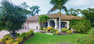 Naples resale homes