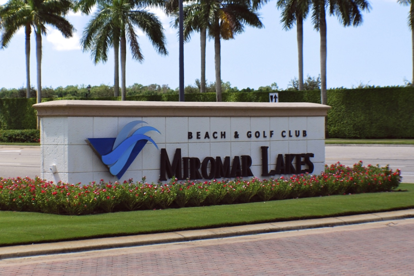 Miromar Lakes Beach And Golf Club