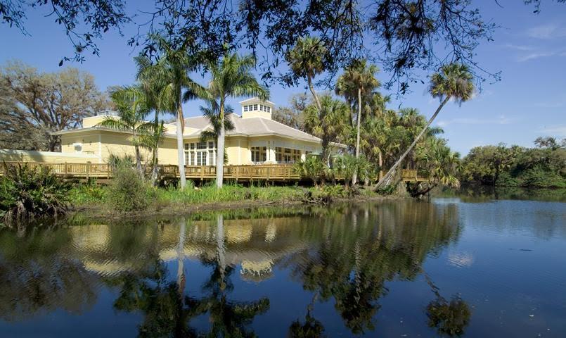 Verandah River House