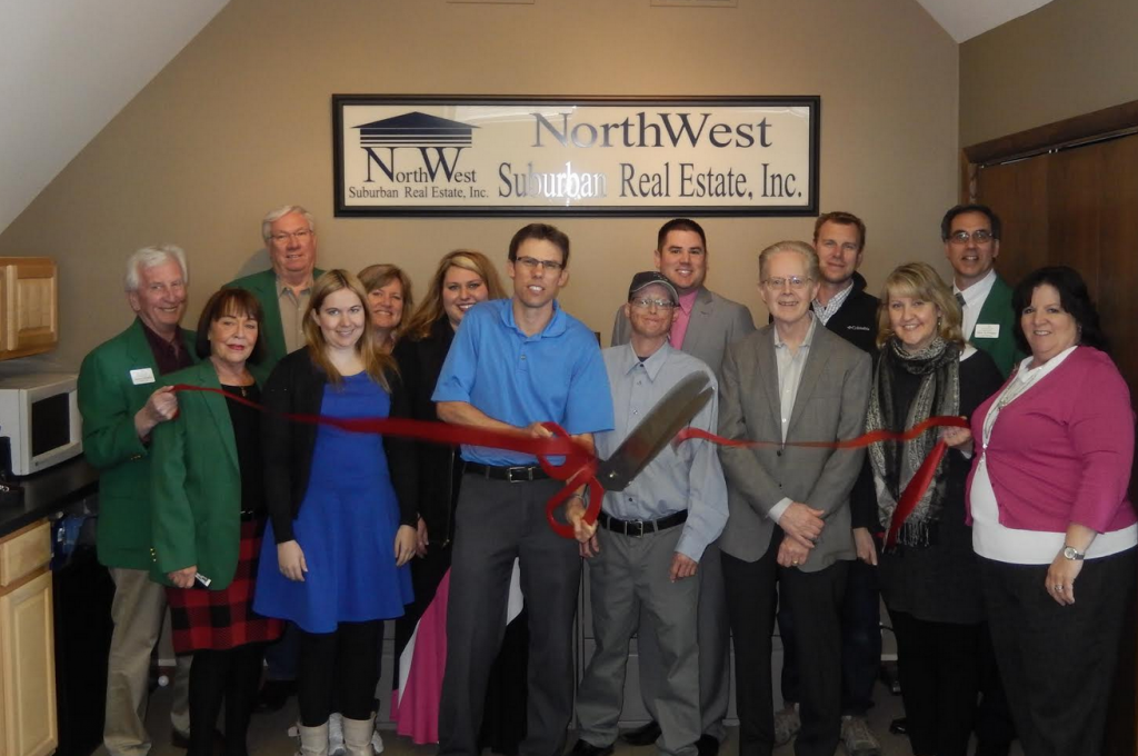 NorthWest-Suburban-Real-Estate-Team-Photo