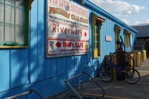 Olde Naples Shopping - Meet Tin City