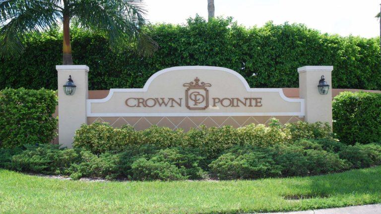 Crown Pointe