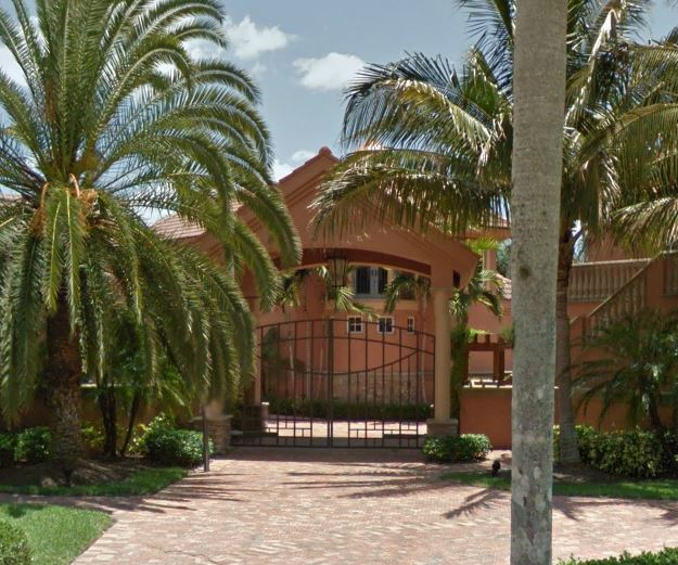 Luxury Properties and Homes in Port Royal